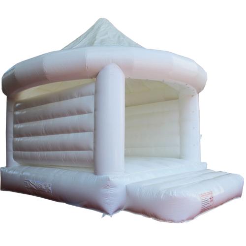 das highlight auf jeder hochzeit unsere wei e hochzeit h pfburg. Black Bedroom Furniture Sets. Home Design Ideas